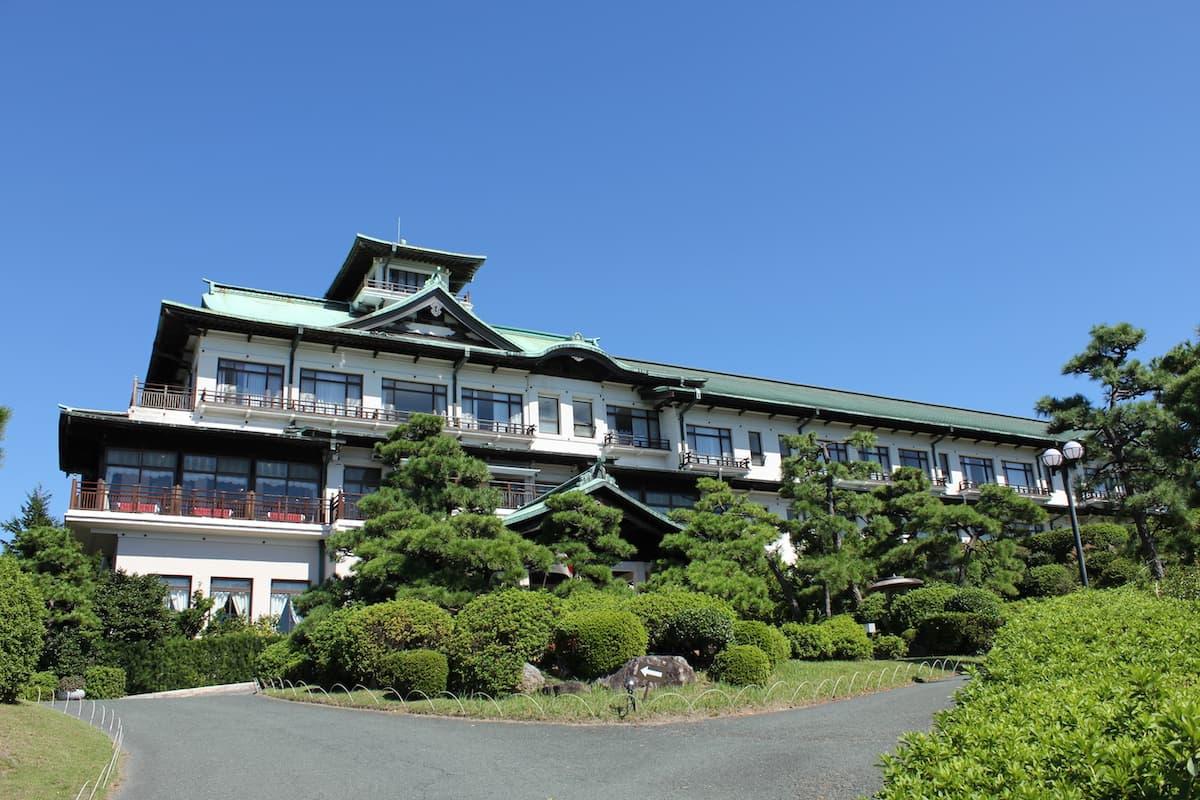 「蒲郡クラシックホテル メインダイニングルーム」のアイキャッチ画像