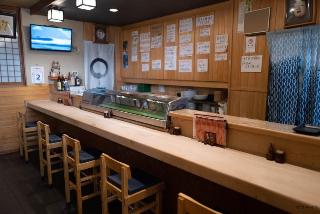 お寿司のカウンター
